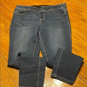 Maurices jeggins, size 16W